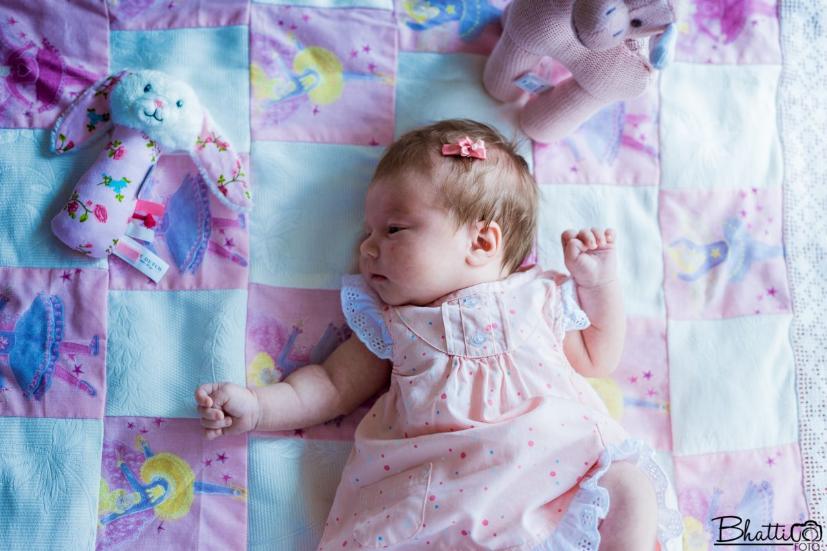 nyfødtfotografering-baby-bamser-rosa