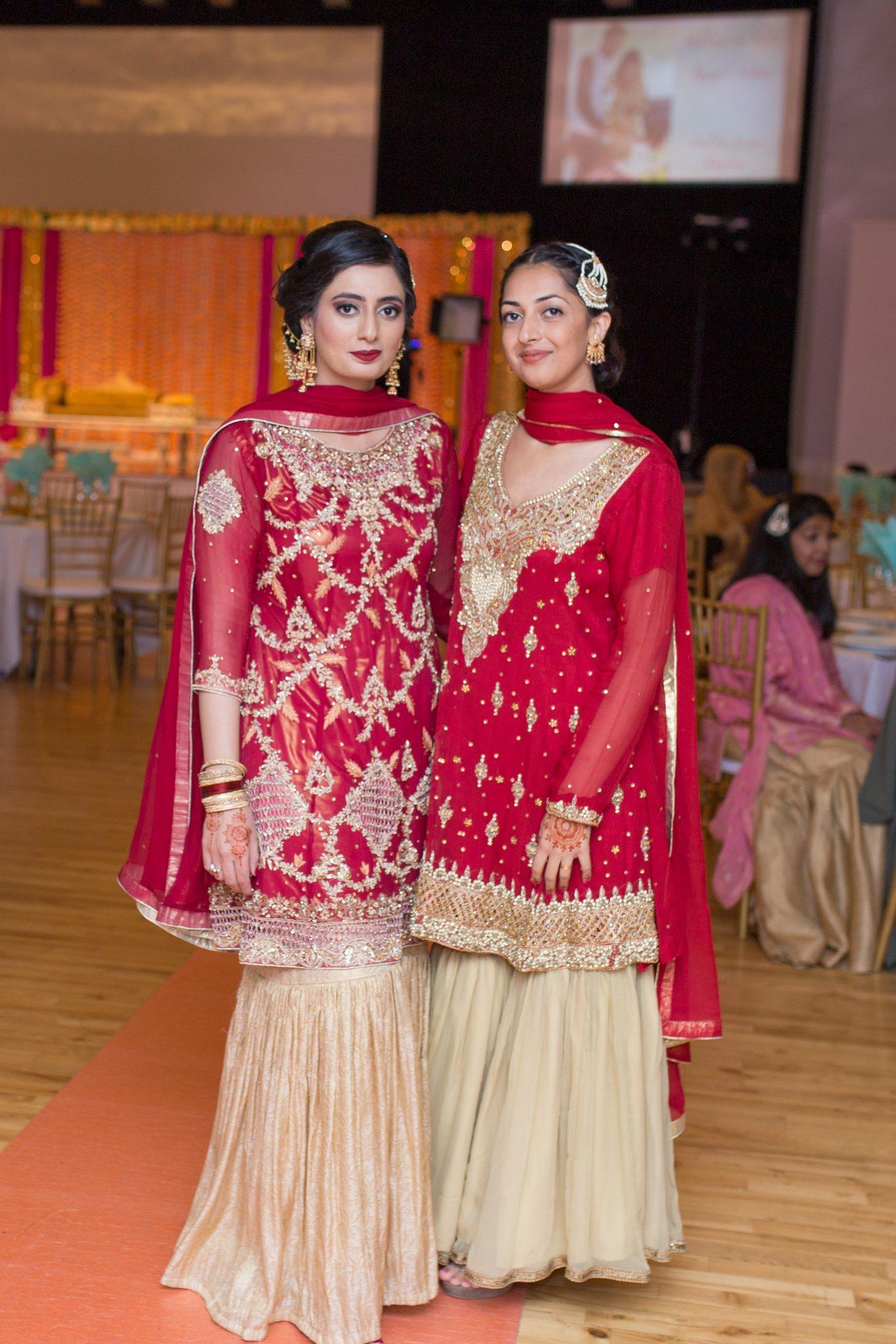 Brudepiker i et pakistansk bryllup