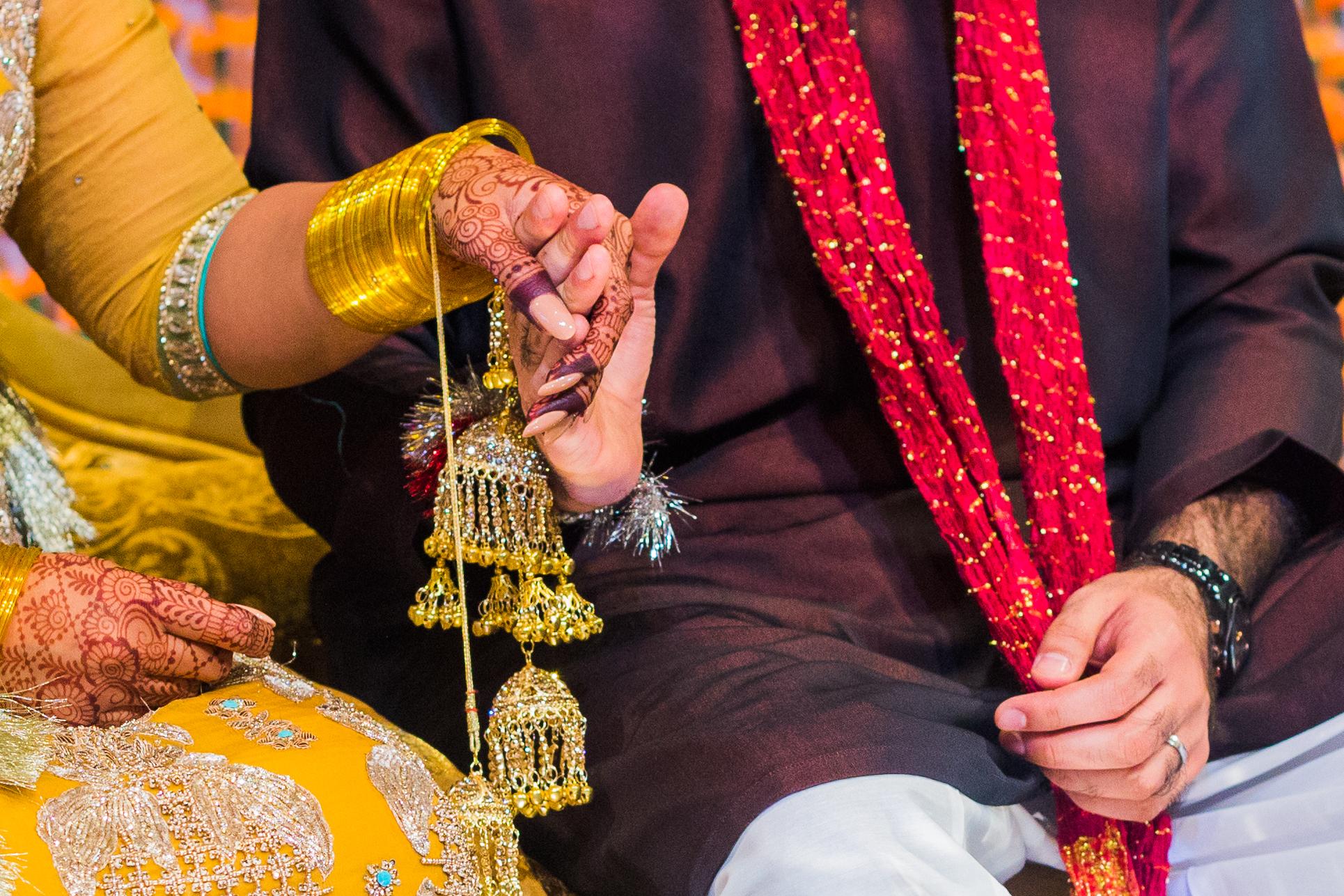 Detaljer fra Mehndi i et pakistansk bryllup