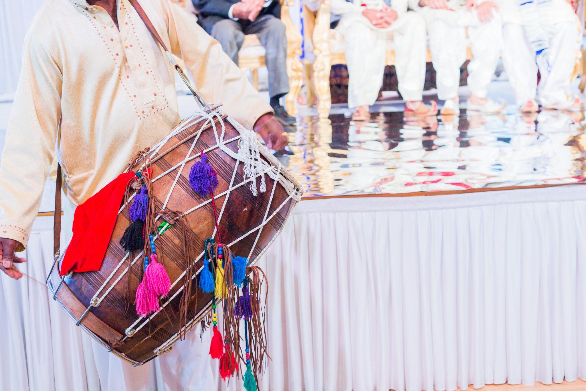 Trommer er sentrale i et pakistansk bryllup