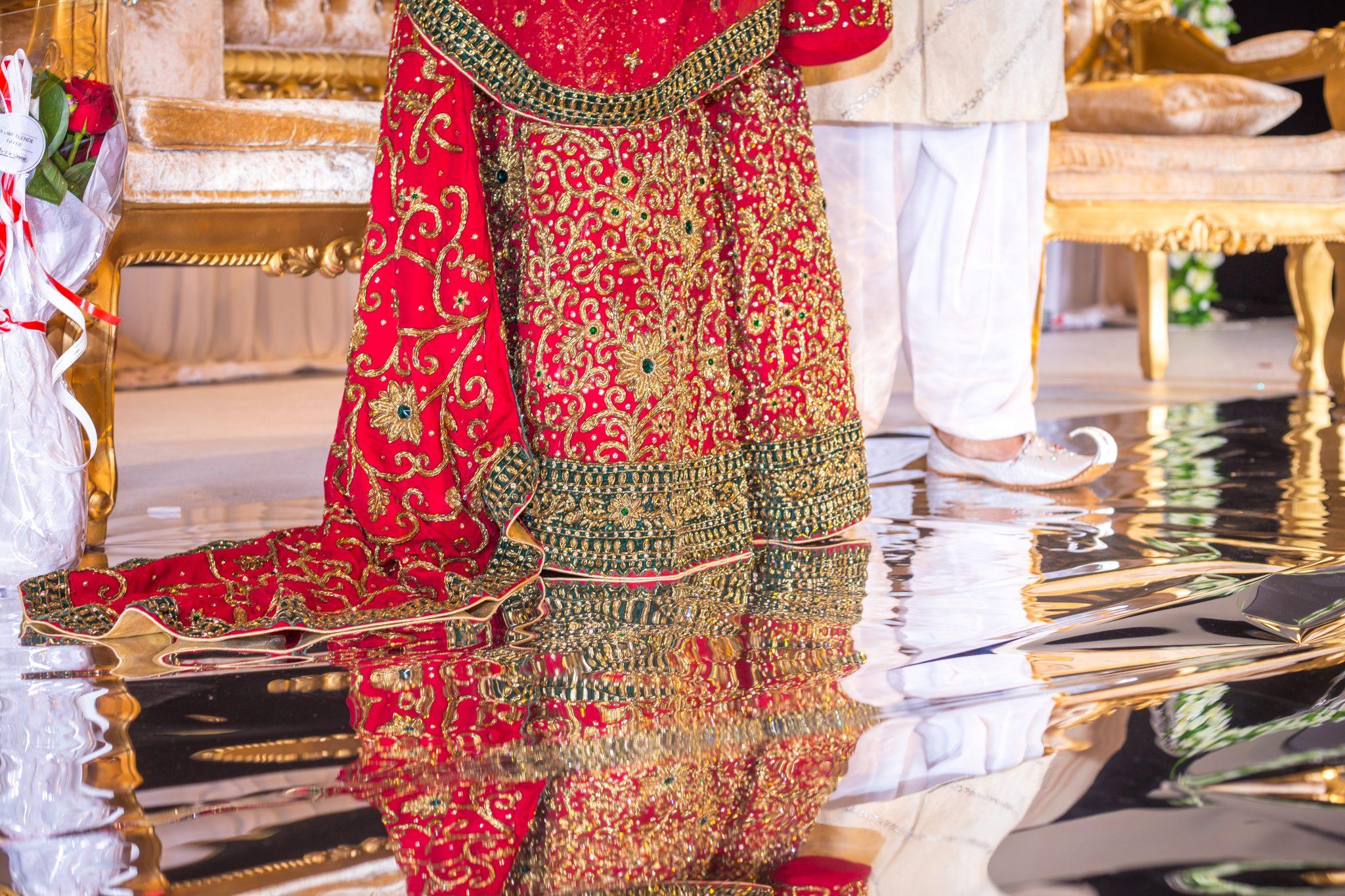Detaljer fra pakistansk brudekjole